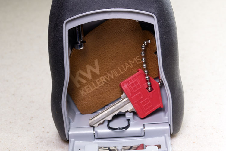 Key Fobs - Fine Leather - 12 Fobs - KF1